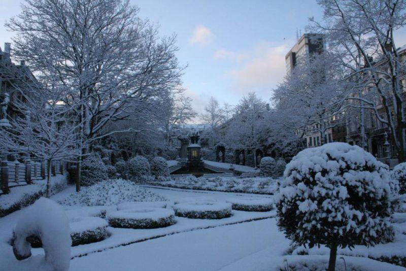 Photos du jour : Bruxelles sous la neige (2/9) dans Bruxelles 08